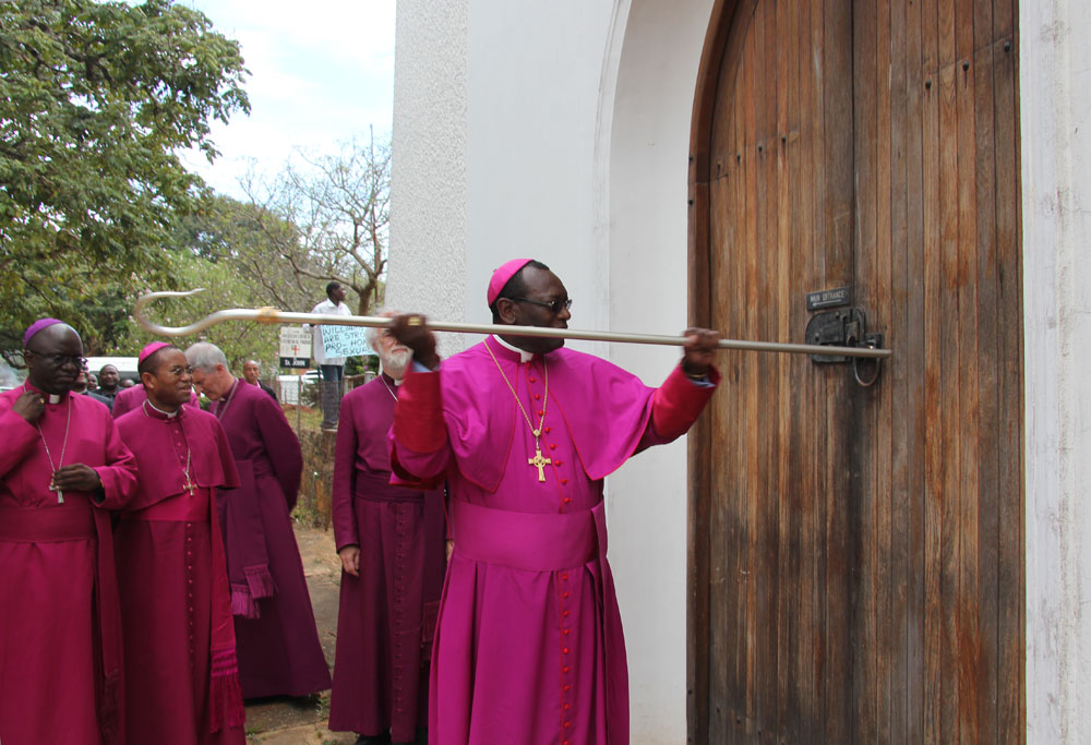 Knocking on the door of Cathedral at Mutare